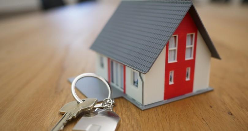 ¿Qué ventajas tenemos si compramos o vendemos una vivienda a través de una inmobiliaria?
